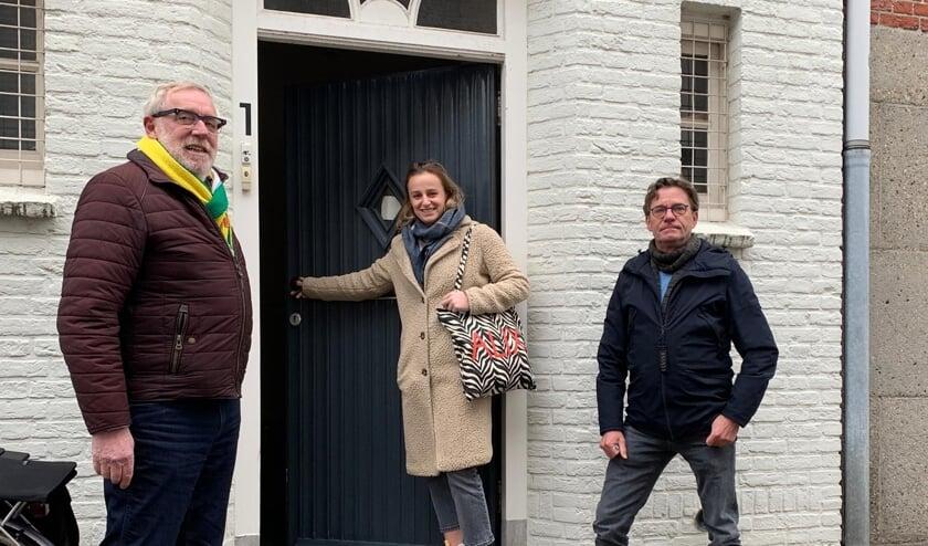 <p>Centrummanager van Schijndel Harrie Van Herpen, Donna van den Bosch van VOLOP Meierijstad en pandeigenaar Roland van Rozendaal. &nbsp;</p>