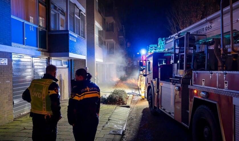 <p>Brand in Zaltbommelseweg. (Foto: Gabor Heeres, Foto Mallo)</p>
