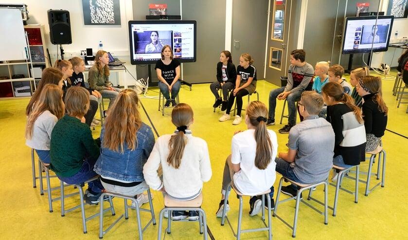 Instructie in de kring op Metameer jenaplan Boxmeer.