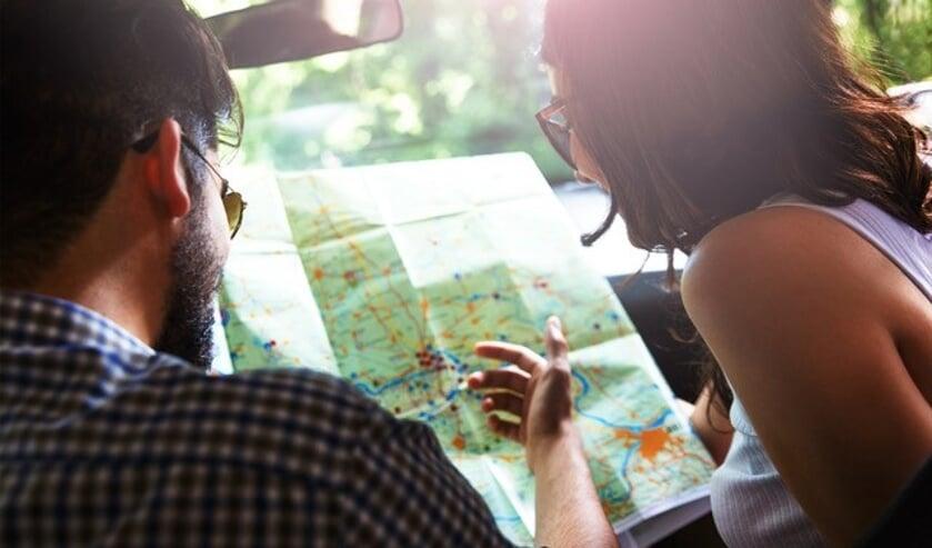 <p>De Reis & Spijs autoroute gaat over binnenwegen, door natuur en dorpjes en langs bezienswaardigheden.</p>