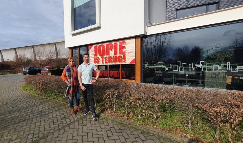 <p>Leslie van den Wildenberg en Kevin van der Steen zijn klaar voor een nieuwe start.&nbsp;</p>