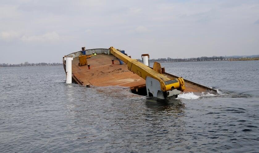 <p>Het zinken van het schip duurde langer dan verwacht, maar op het einde ging het heel rap. &nbsp;</p>