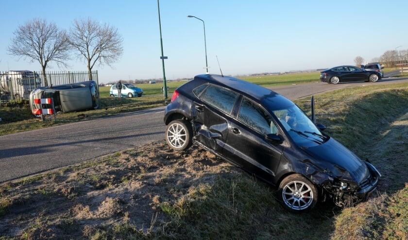 Ongeval op de kruising Gewandeweg / Huizenbeemdweg. (Foto: Gabor Heeres, Foto Mallo)