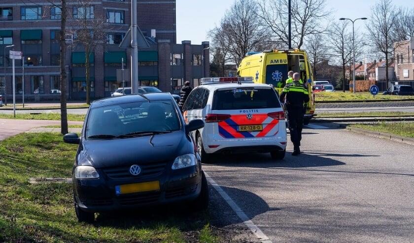 Fietsster gewond bij ongeval op Euterpelaan. (Foto: Gabor Heeres, Foto Mallo)