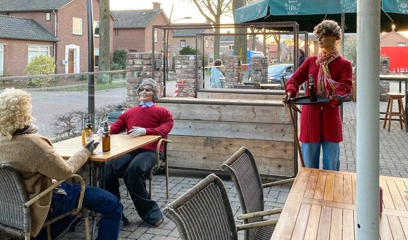<p>De kriebels om erbij te gaan zitten en van de lentezon te genieten borrelen meteen op. (Foto: Albert Hendriks)</p>