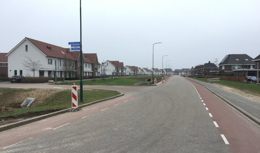 De Dijkskruin in Cuijk wordt, vanwege de vele hardrijders, opnieuw ingericht.