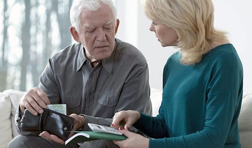 Senioren die problemen hebben met geldzaken, in welke vorm dan ook, kunnen om hulp aankloppen bij Sociom.