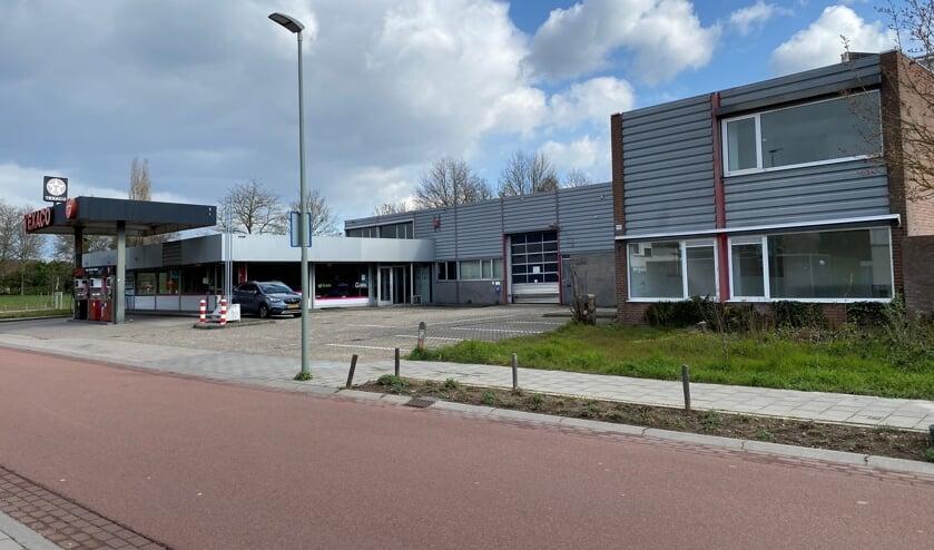 Aan Middelweg 98-100 in Molenhoek komen twee complexen met elk zestien appartementen.