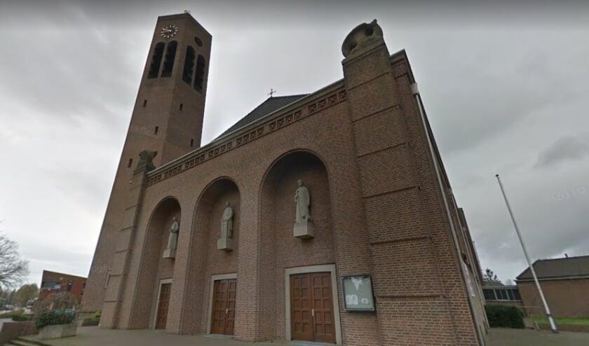 De Laurentiuskerk in Vierlingsbeek zal worden omgebouwd tot Multifunctionele Accomodatie. (Foto: Google Streetview).