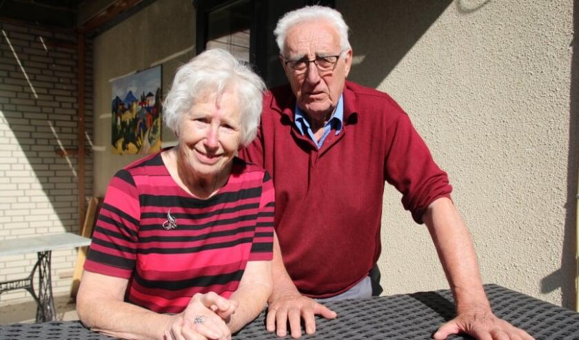 <p>Riet en Ton kennen elkaar sinds 1955 en zijn nog steeds een gaaf paar.</p>
