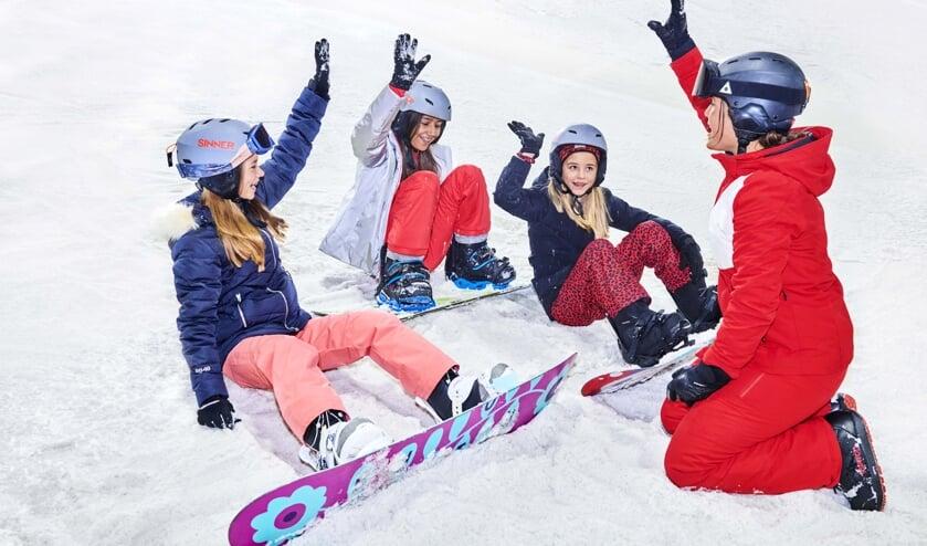 Ski- of snowboardlessen worden vanaf 1 juli weer opgepakt. (Foto: SnowWorld/PR)