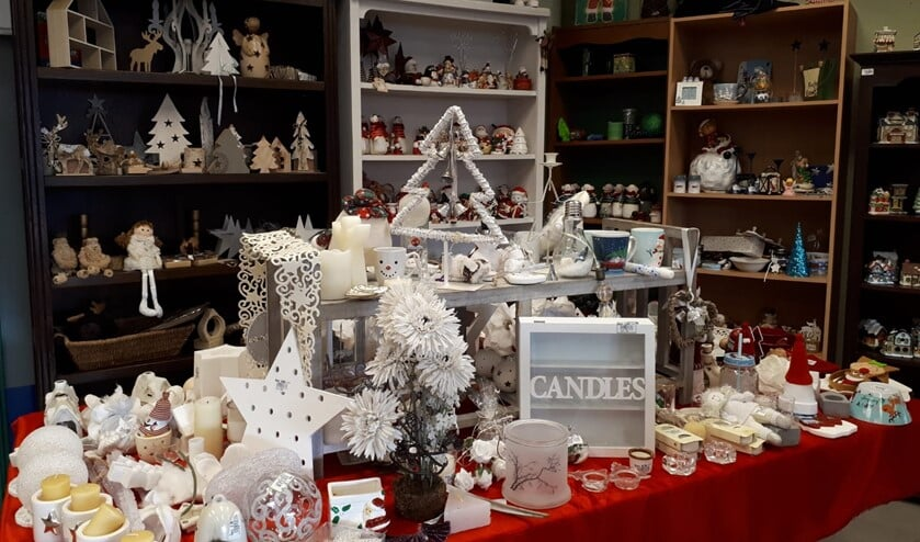 <p>Alle kerstitems worden verspreid over oktober en november verkocht en het assortiment wordt dagelijks aangevuld. </p>