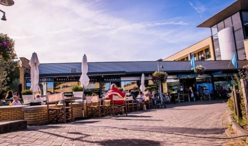 <p>Terrassen in Lansingerland krijgen veel ruimte om hun terras winterklaar te maken. (Foto: gemeente Lansingerland)</p>