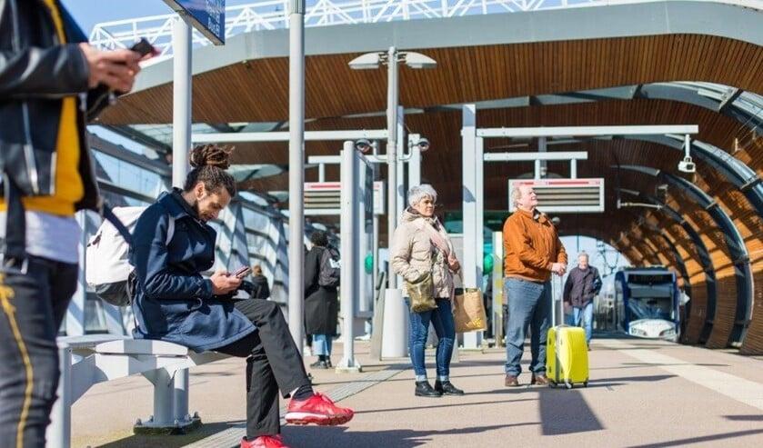 Het openbaar vervoer in de regio is ruim voldoende volgens reizigers.