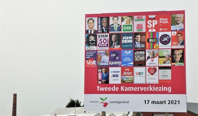 <p>Het verkiezingsbord aan de Heulsootweg in Bleiswijk.</p>