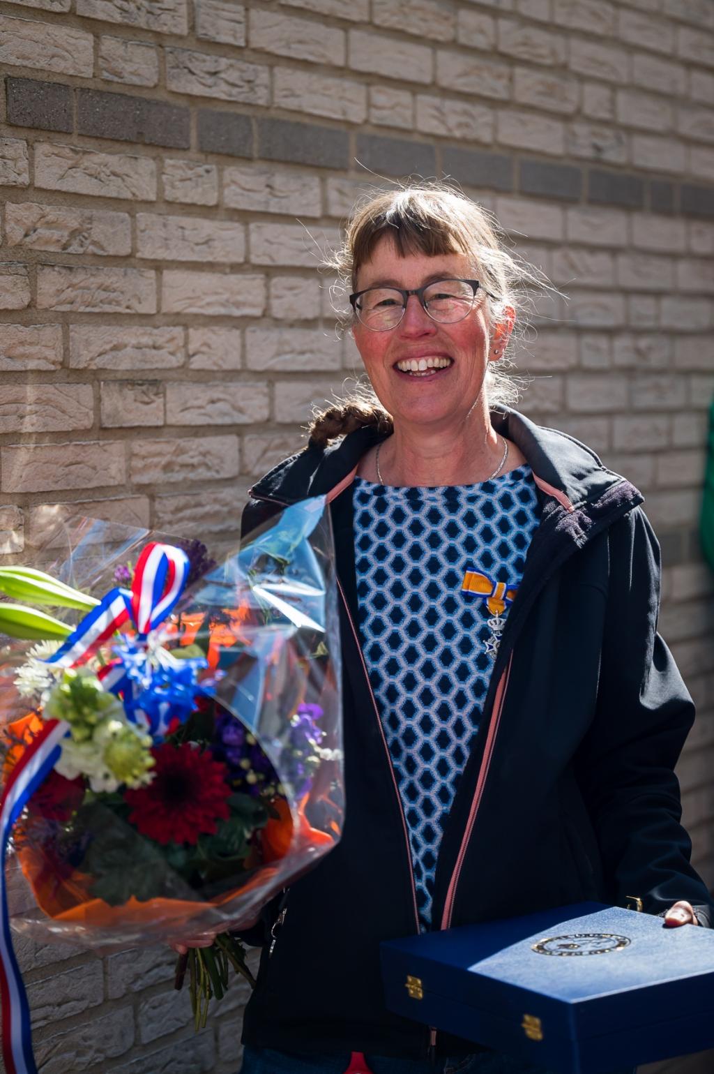 <p>Mevrouw Bos uit Bergschenhoek is al sinds 1983 een actieve vrijwilligster van Stichting Minder Valide Jeugd uit Rotterdam. (Foto: Ariane Kok)</p> Ariane Kok © hartvanlansingerland