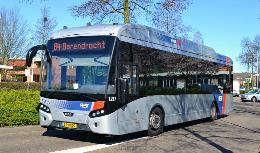 Eén van de nieuwe bussen van de RET.