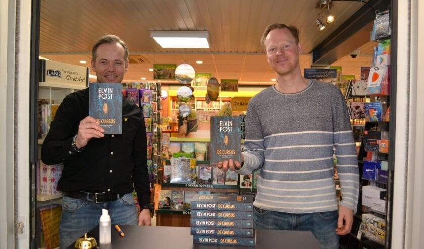 <p>Boekhandelaar Mark Snoek en schrijver Elvin Post. </p>