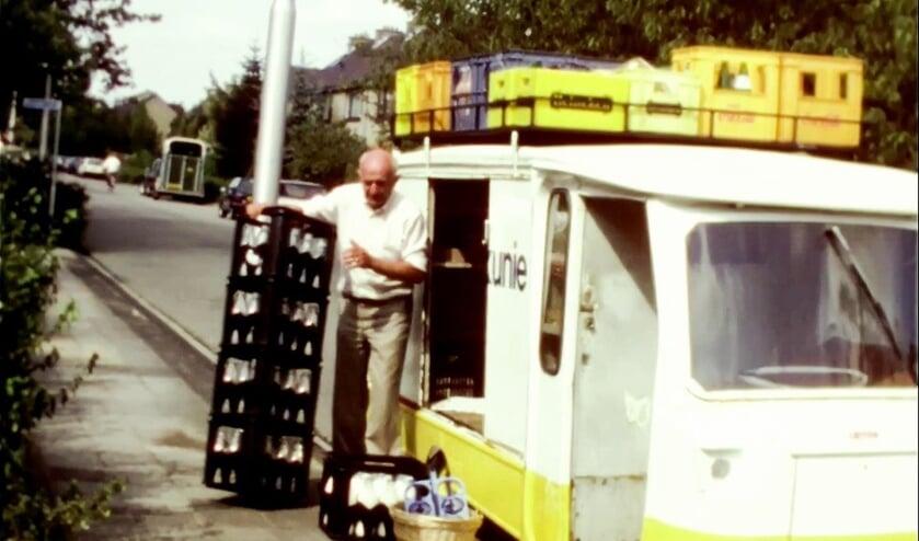 <p>Melkboer Leen Blok in een beeld uit de film. </p>