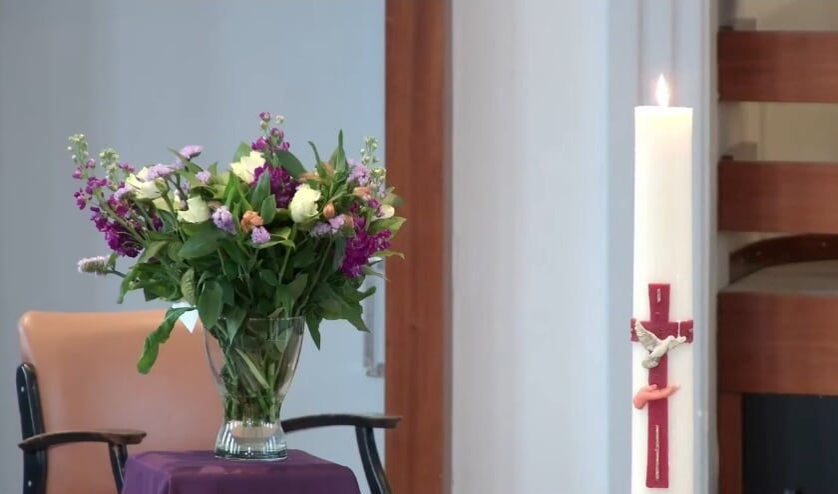 <p>De cyclus begint met de viering op Witte Donderdag 1 april vanuit de Opstandingskerk te Rijsoord, aanvang 19.30 uur. </p>