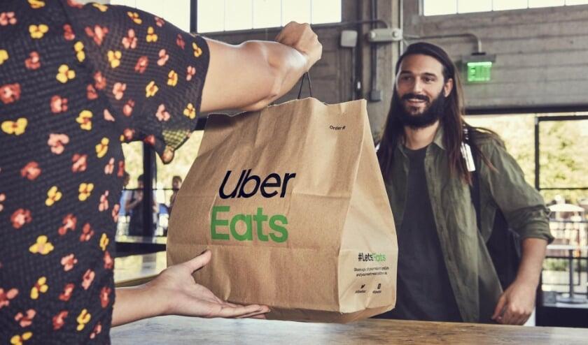 <p>De bezorgservice van Uber Eats is er nu ook voor de Ridderkerkers</p>