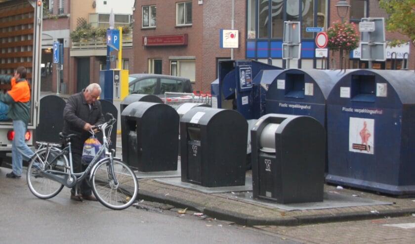 <p>Twee bedrijven blijven het huisvuil inzamelen.   Foto: Wim Siemerink</p>
