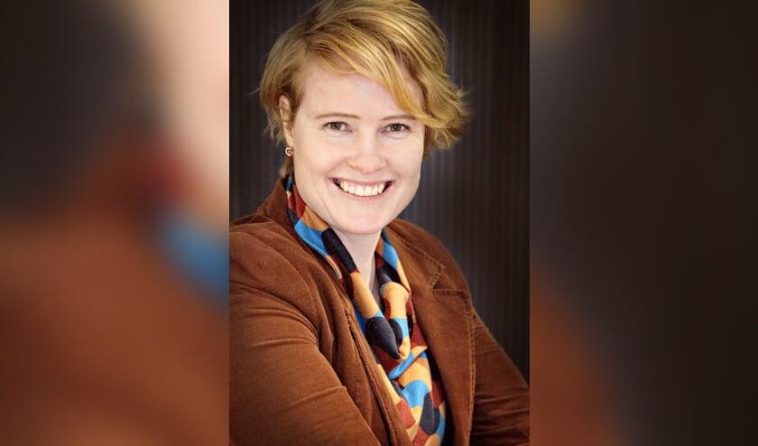 <p>Lorien de Roode Advocaat, gespecialiseerd in familierecht, en mediator</p>