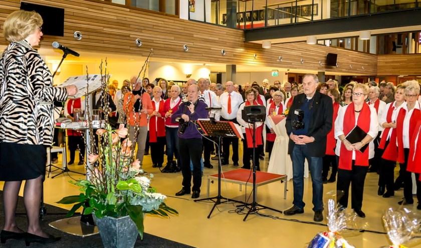 Burgemeester Laila Driessen tijdens haar nieuwjaarsspeech.   Foto: Johan Kranenburg