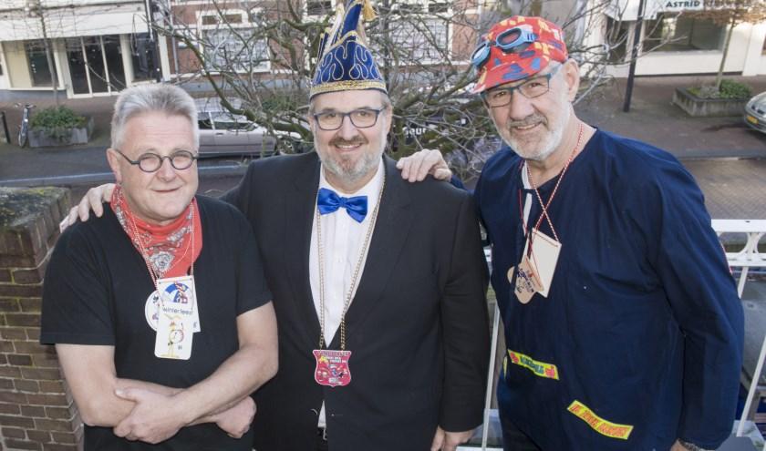 Frans Snaar, Theo van Werkhoven en Piet Turk (v.l.n.r.) zijn vrijwilligers bij het Winterfeest. | Foto: fbps/Peter Schipper