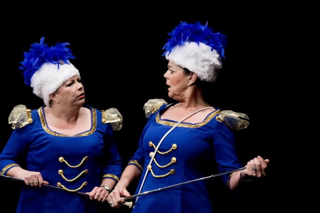 Een scène uit Marsmeiden van Rood Theaterproducties.  Foto: Johan Kranenburg © uitgeverij Verhagen