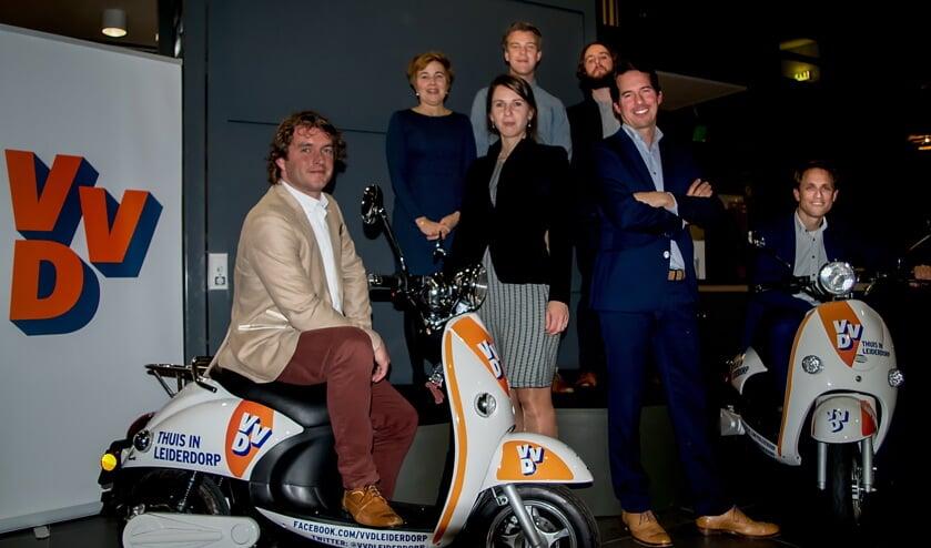 V.l.n.r. Bart Hoenen, Brigitte van Elburg, Martine Breedveld, Tom Mentink, Thomas Offerman, Frank van Noort en  en Niels Verwers.