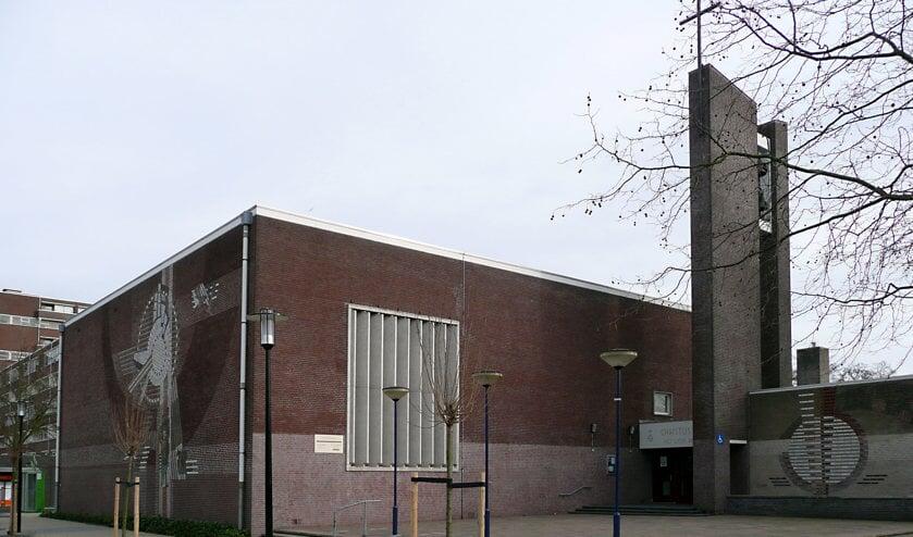 De Scheppingskerk aan de Van Poelgeestlaan 2 in Leiderdorp.