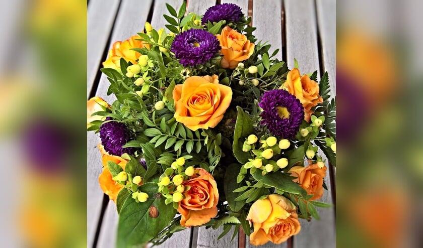In Oegstgeest en Zoeterwoude bestaat de mantelzorgwaardering uit een boeket bloemen.