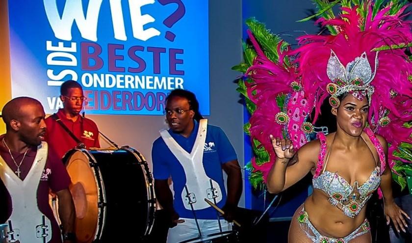Exotische muziek en dans bij de kick-off van de Leiderdorpse Ondernemersprijs 2018.