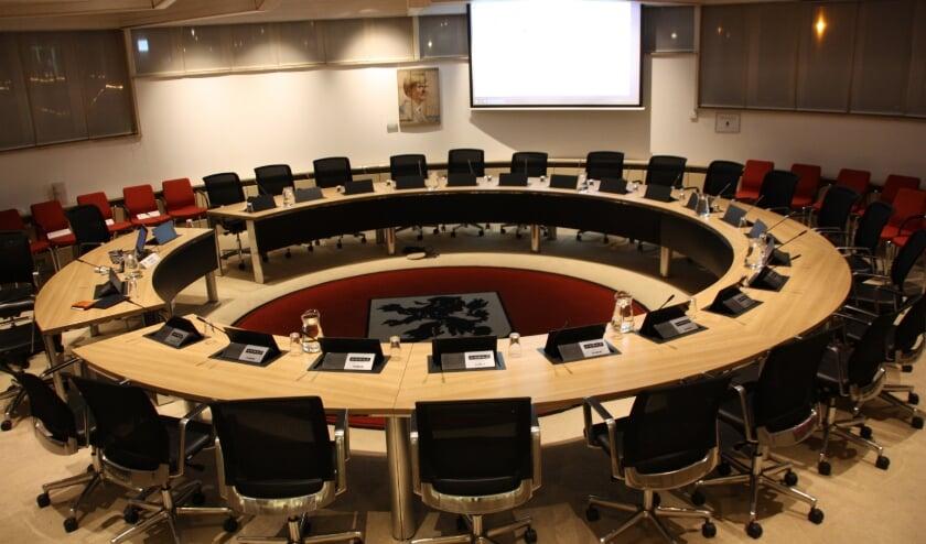 <p>Er wordt wederom gepraat over het in gebruik nemen van een permanente raadzaal. | Foto: Archief</p>