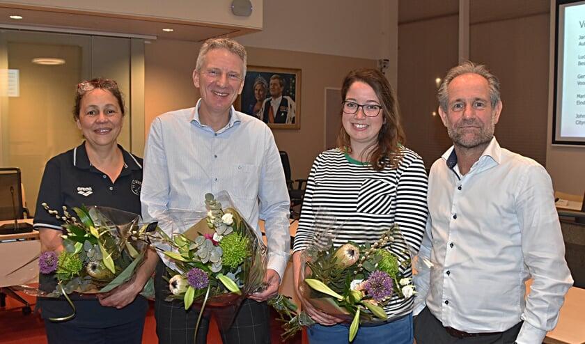 Finalisten Carolien Doesburg (De Columbiaan), Ronald Vonk (TL), Denise Esser (UGSV) en Peter Bergman (TL). | Foto: Piet van Kampen