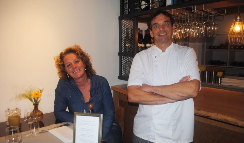 Saskia van der Lugt en Bas Dickhoff in hun restaurant. | Archieffoto