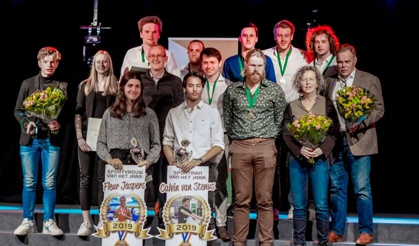 <p>De winnaars van de Leiderdorpse Sportverkiezingen 2019. Dit jaar krijgen ze geen opvolgers.</p>