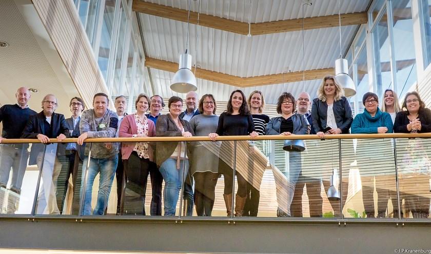 De startbijeenkomst van de tweede Job Buddy groep in januari 2017. Astrid Selier staat tweede van rechts. | Archieffoto: Johan Kranenburg