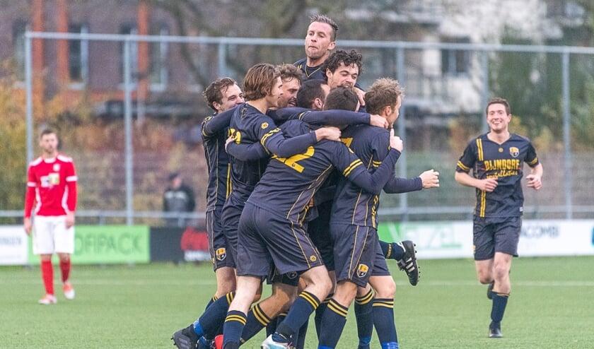 FC Oegstgeest had reden tot juichen. | Archieffoto Lichtenbeldfoto.nl