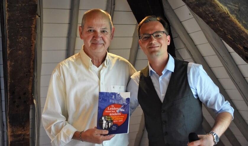 Voormalig fractievoorzitter Jan Marijnissen en Bart van der Steen.   Foto's: Emile van Aelst.