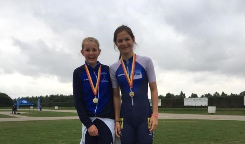 Bo Hoogvorst (l.) en Angel Daleman behaalden ook bij de kampioenschappen van het district Sassenheim het hoogste podium. | Foto: PR