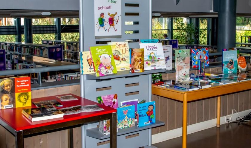 40 procent van de Leiderdorpers bezoekt de bibliotheek in De Sterrentuin minimaal eens per jaar.   Foto: J.P.K.