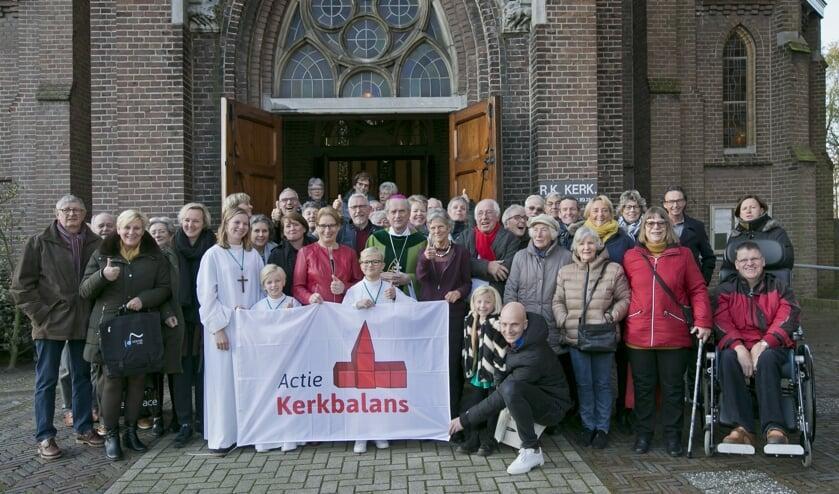Op 18 januari luidt de Rooms Katholieke parochie de actie Kerkbalans in.   Foto: Peter van Mulken
