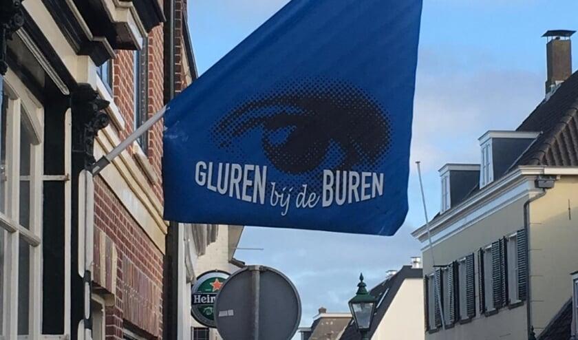 <p>Tijdens Gluren bij de Buren wordt de Dorpsstraat omgetoverd tot een lange pop-up galerie. | Foto: pr.&nbsp;</p>