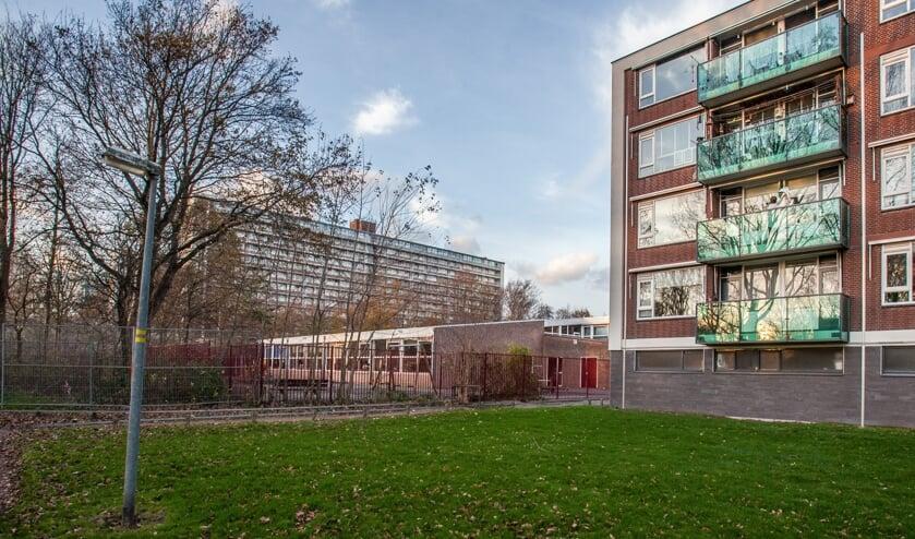 <p>Op de plek van de Krulder past volgens het college een nieuw gebouw van 8 of 9 hoog. | Foto: Adrie van Duivenvoorde</p>