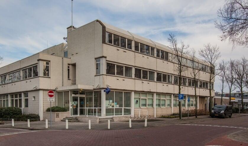 <p>Het Katwijkse politiebureau wordt de thuisbasis van team Bollenstreek-West. | Foto: Adrie van Duijvenvoorde</p>