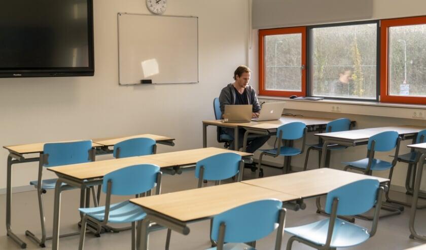 klas onderwijs covid leeg les afstand