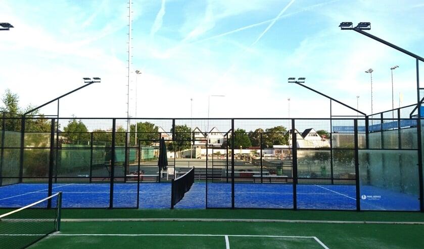 <p>KLTV wil padelbanen aanleggen. Padel is een combinatie van squash en tennis. | Foto: pr</p>
