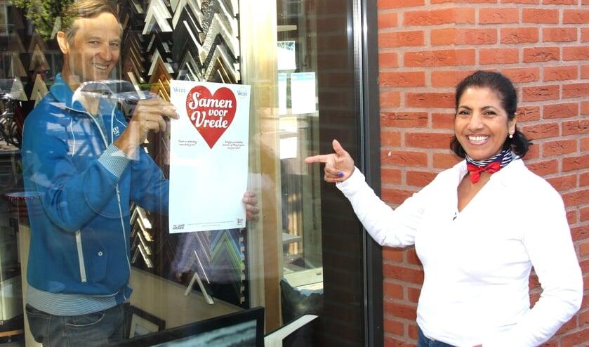 Bij iedereen een speciale poster voor het raam met een persoonlijke toevoeging moet Noordwijk samen binden.